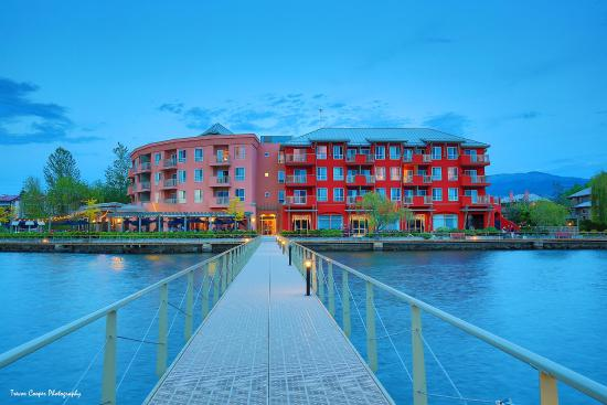 Manteo Resort Waterfront Hotel and Villas