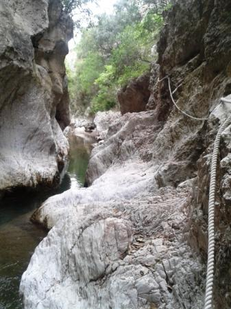Entrance to Gorge - Picture of St. Anthony Gorge ...