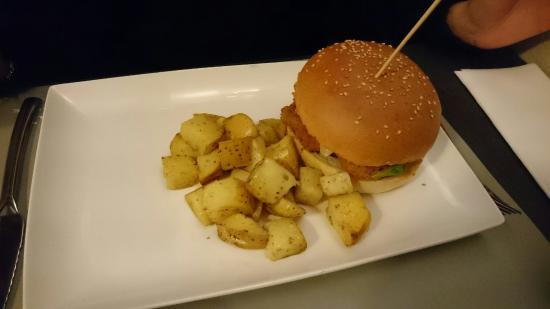 LOVE EAT - ITALIAN LUXURY BURGER : DSC_0142_1_large.jpg