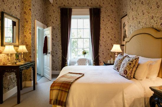 Belle Isle Castle and Cottages: Deluxe Guest Room-Disabled Access Abercorn Wing