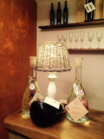 dekanter wine boutique ljubljana restaurant bewertungen rh tripadvisor de