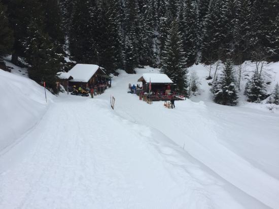 Grindelwald, Schweiz: Restaurant Rasthysi auf dem Weg von Bussalp nach Bort.