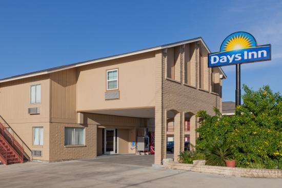 Days Inn Kenedy: Hotel property