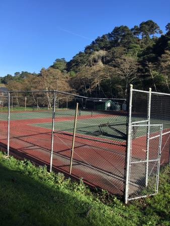 tennis court and basketball court picture of cottages at point rh tripadvisor com