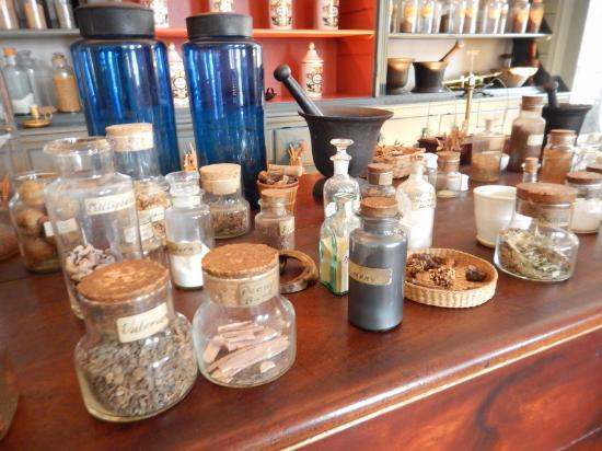 Hugh Mercer Apothecary Shop: A sample of the natural herbs and remedies