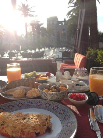 Four Seasons Resort Marrakech: Solano Restaurant Outdoor Terrace