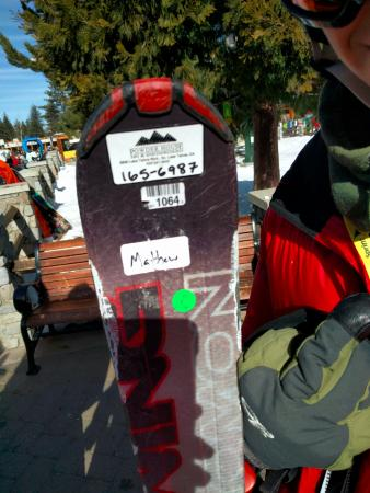 South Lake Tahoe, CA: This is one of the damaged skis. Note the fiberglass splinters along the edges.