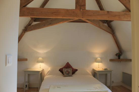 Peyrat-le-Chateau, Francja: One of the four bedrooms