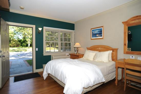 Southampton Long Island Hotel: STANDARD ROOM