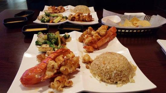 Portage, Μίσιγκαν: Lobster Hibachi, Chicken & Shrimp Hibachi