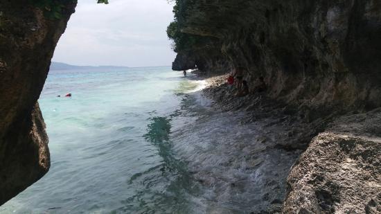 Tangkaan Beach: 20151029_120014_large.jpg