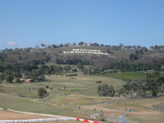 balcony view picture of rydges mount panorama bathurst bathurst rh tripadvisor com au