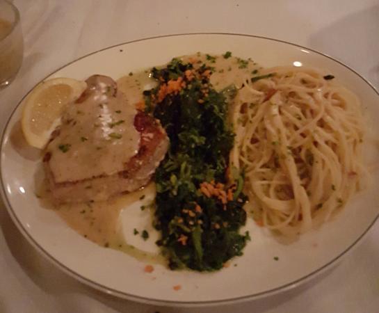 Ariani Restaurant & Lounge : YellowFin Tuna