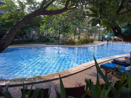 swimming pool picture of mercure convention center jakarta rh tripadvisor com