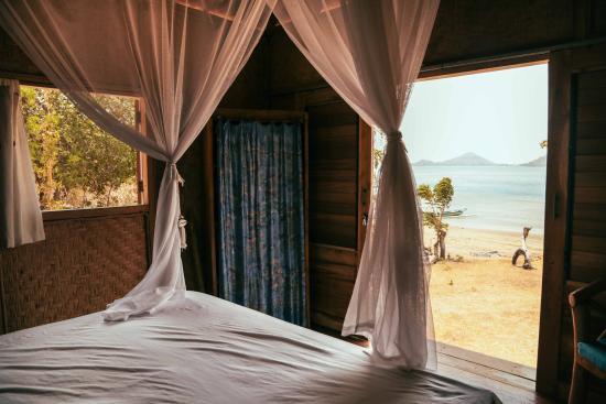 Palmyra Indah Bungalows: Beach House Bedroom - Image by da Bagus Gede Wibawa