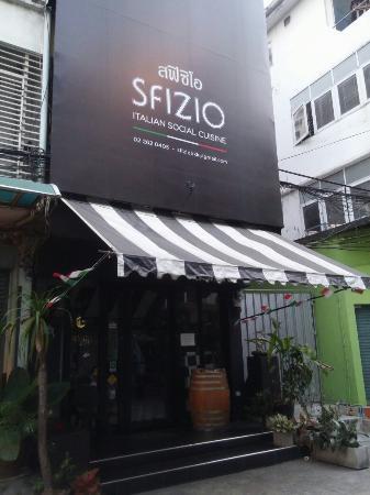 Sfizio Restaurant Bangkok Italian Social Cuisine Close Every Monday