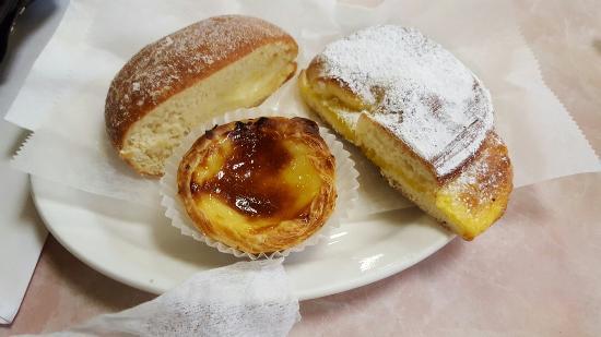 Alvaro's Pastry Shop and Deli