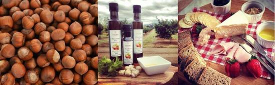 Hagley, ออสเตรเลีย: Nuts, Oil, & platter