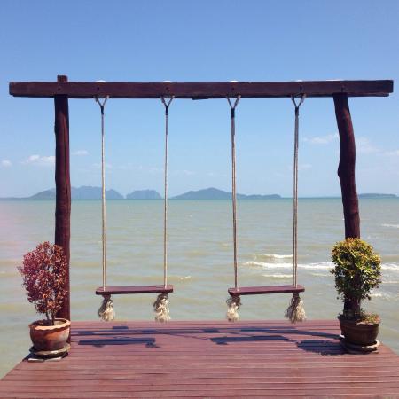 Picture of fresh restaurant ko lanta for Swing over water