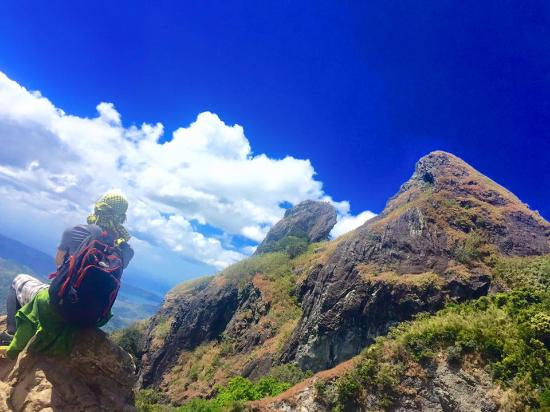 Mt Pico de Loro