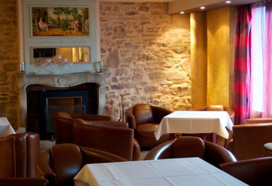 Hôtel Les Pages : Bar de l'hôtel