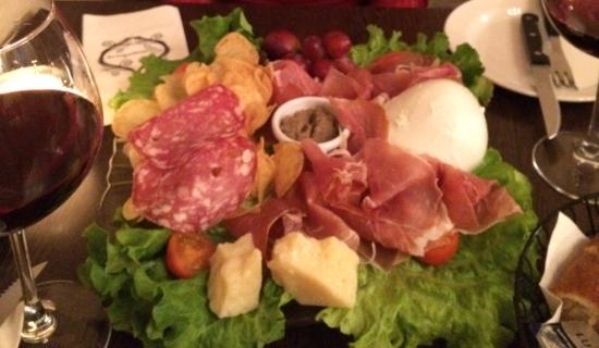 Sensations Mozzarella Di Bufola Platter
