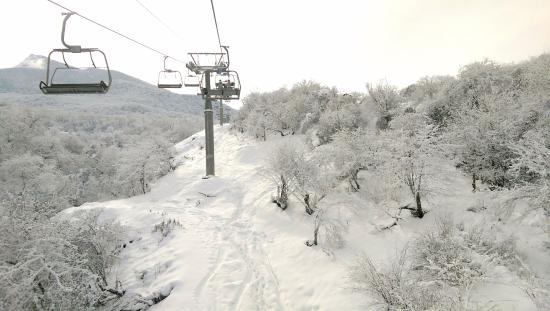 Mao County, Κίνα: Up the chairlift