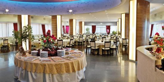 Perugia Park Hotel: Atmosfera chic e conviviale nelle due Sale e una cucina creativa, sana e naturale .
