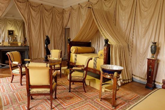 Appartement priv picture of chateau de malmaison rueil for Appartement atypique rueil malmaison