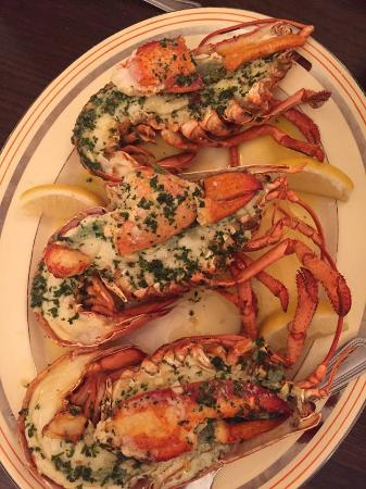 Corse Lawn, UK: Lobster Grilled with Garlic Butter