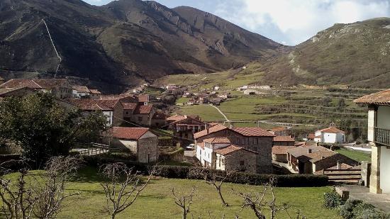 Cabuerniga, Spain: TUDANCA
