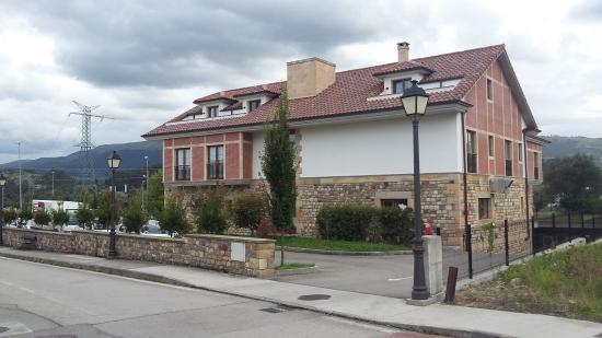 Hotel Valle De Cabezon
