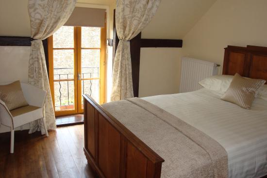 les fougeres dinan france voir les tarifs et avis chambres d 39 h tes tripadvisor. Black Bedroom Furniture Sets. Home Design Ideas