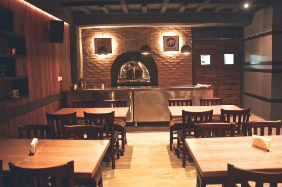 Open House Cafe & Pub