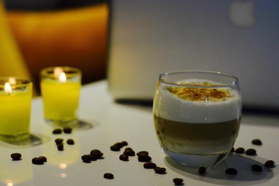 Le Pixel Cafe Our Signature Coffee Latte Macchiato 3 Layers