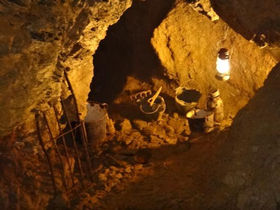 Zbrasovske Aragonitove Jeskyne