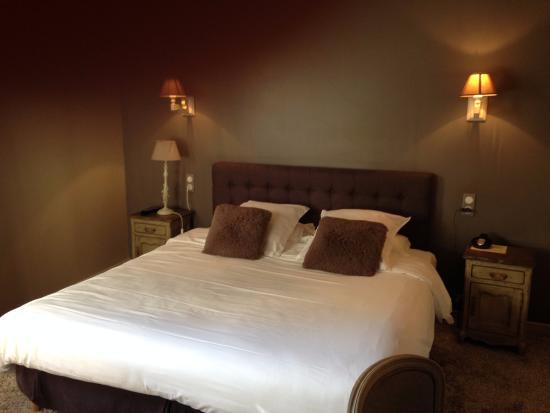 Autre Vue De La Chambre N 30 Foto Di Hotel Beatus Cambrai Tripadvisor