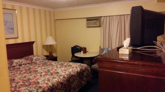 트래블러즈 인 다운타운 호텔 이미지