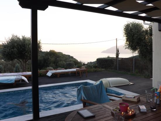 Amazing views, relaxing surroundings, fantastic owners !