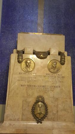 Basílica de San Francisco: Restos de Balcarce y Mercedes