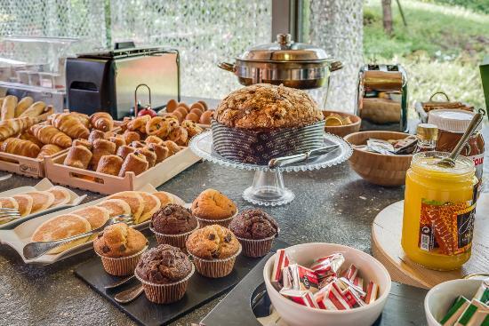 La Maison Rouge: Buffet petit déjeuner ***