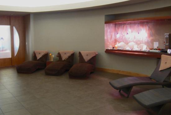 Lotus Spa Eau Claire: Lotus Sanctuary; Refreshments