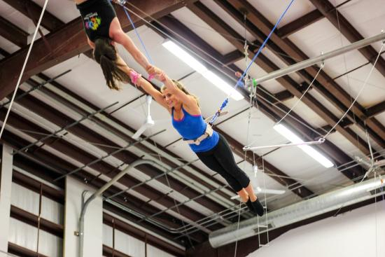 Fearless Flyers Academy - Flying Trapeze
