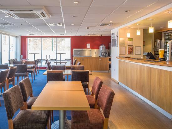 Travelodge Newport Isle of Wight : Bar Cafe