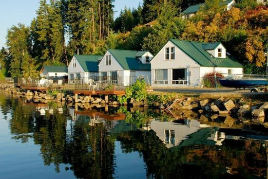 Bayview, ID: Lakeside Cabins