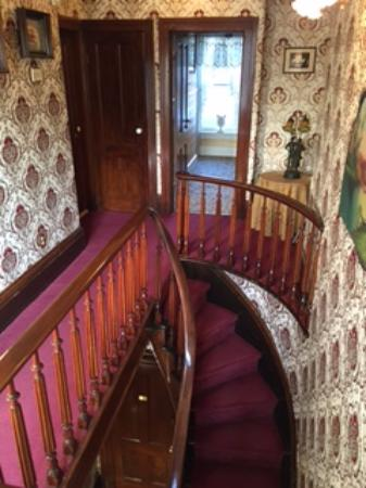 Mazomanie, WI: Staircase