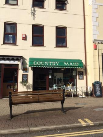 ‪Country Maid Sandwich Bar‬
