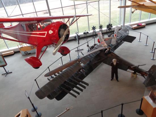 College Park Aviation Museum: Main floor