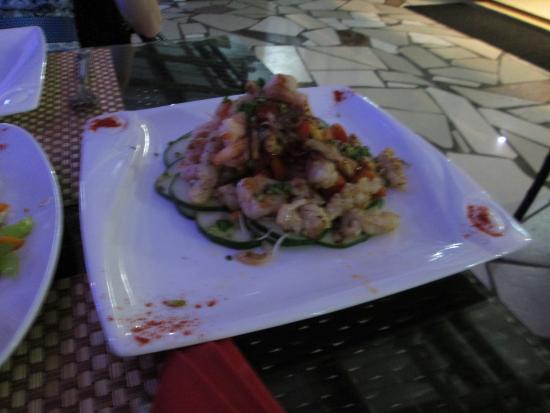 Belle Mare: prawn salad