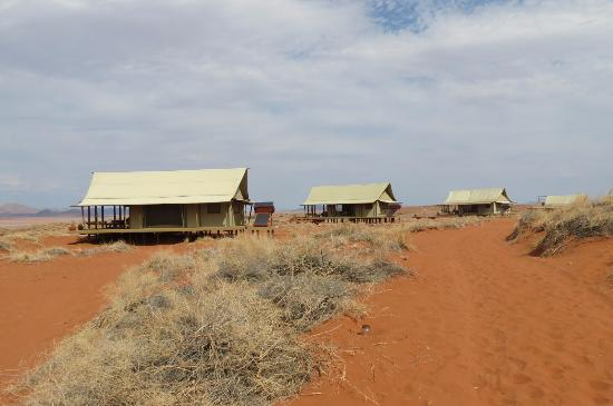 Wolwedans Dune Camp: The rooms.